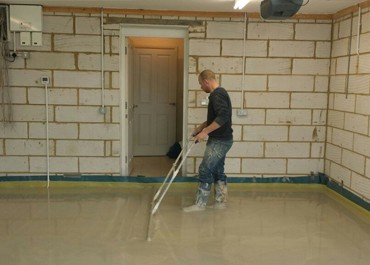 Liquid screed services