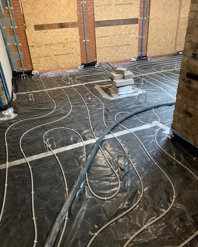 Screed underfloor heating, Barnet, London.